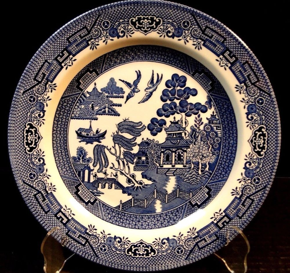 Churchill Blue Willow Blue White Dinner Plate 10 1 4 England Excellent Churchill With Images Blue Willow China Pattern Blue Willow China Willow Pattern