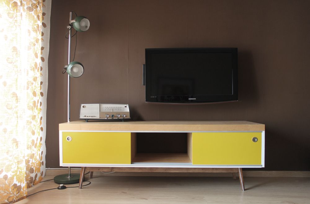 Old Ikea Lack Tv Furniture Hacked Into Vintage Style Meuble De Television Meuble Meuble Tv