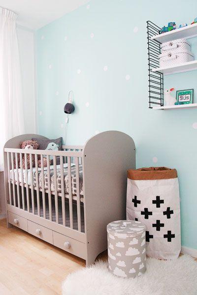 mooie babykamer in mintgroen met een tikje grijs. #wonenvoorjou, Deco ideeën