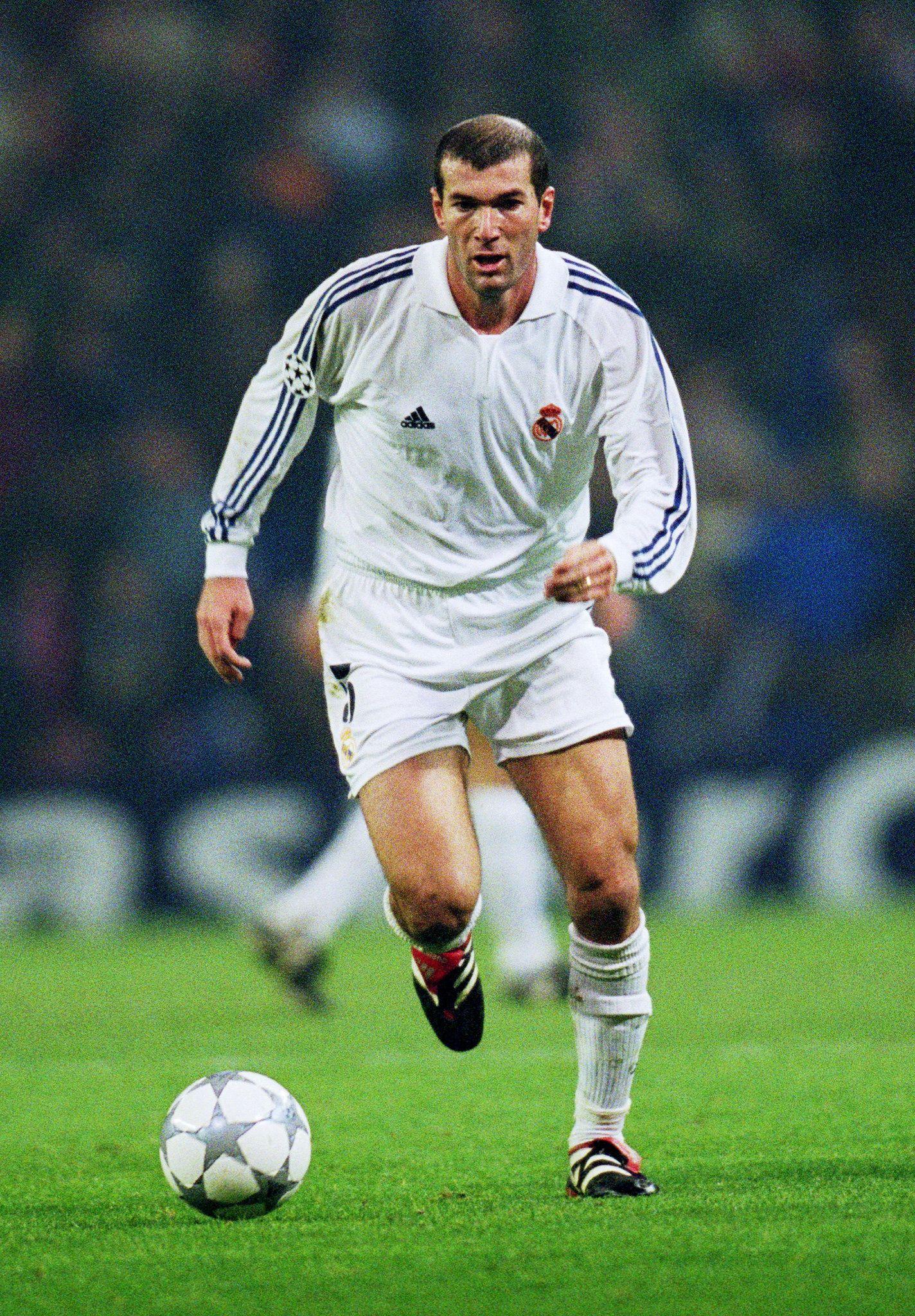 1802217p R Madrid V Panathina Real Madrid Football Real Madrid Football Club Zinedine Zidane