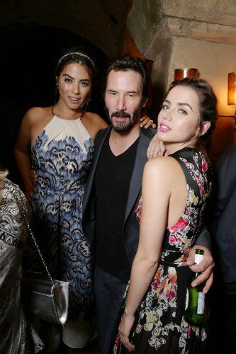 Keanu Reeves Ana De Armas And Lorenza Izzo In Knock Knock 2015 Keanu Reeves Celebs Celebrities