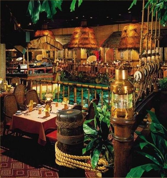 Tonga Room in the Fairmont Hotel in SF - restaurant and tiki ...