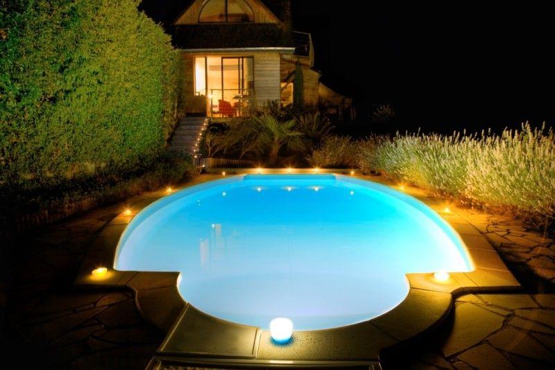 31 Visually Stunning Swimming Pool Lights At Night Swimming Pool