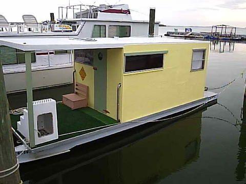 Cacafuego Pontoon Shantyboat   Shanty / House boats   Pinterest