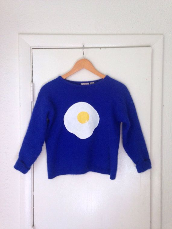 fried egg sweater / blue / small or xs / angora by butterbabes
