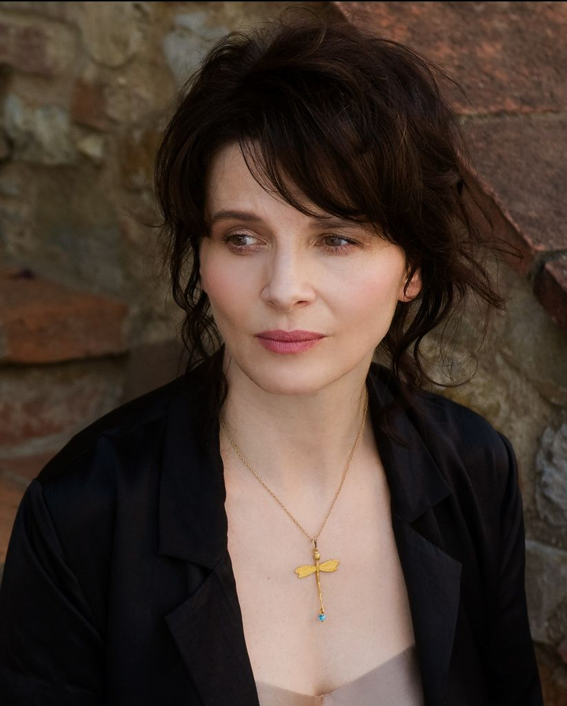 """""""I'm not obsessed by looks. I think you can become a prisoner of your own image."""" -Juliette Binoche"""