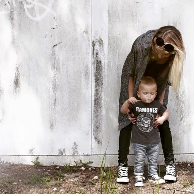 #kids #baby #mommy #cute #unickz #allstars #converse #ramones #love www.unickz.nl