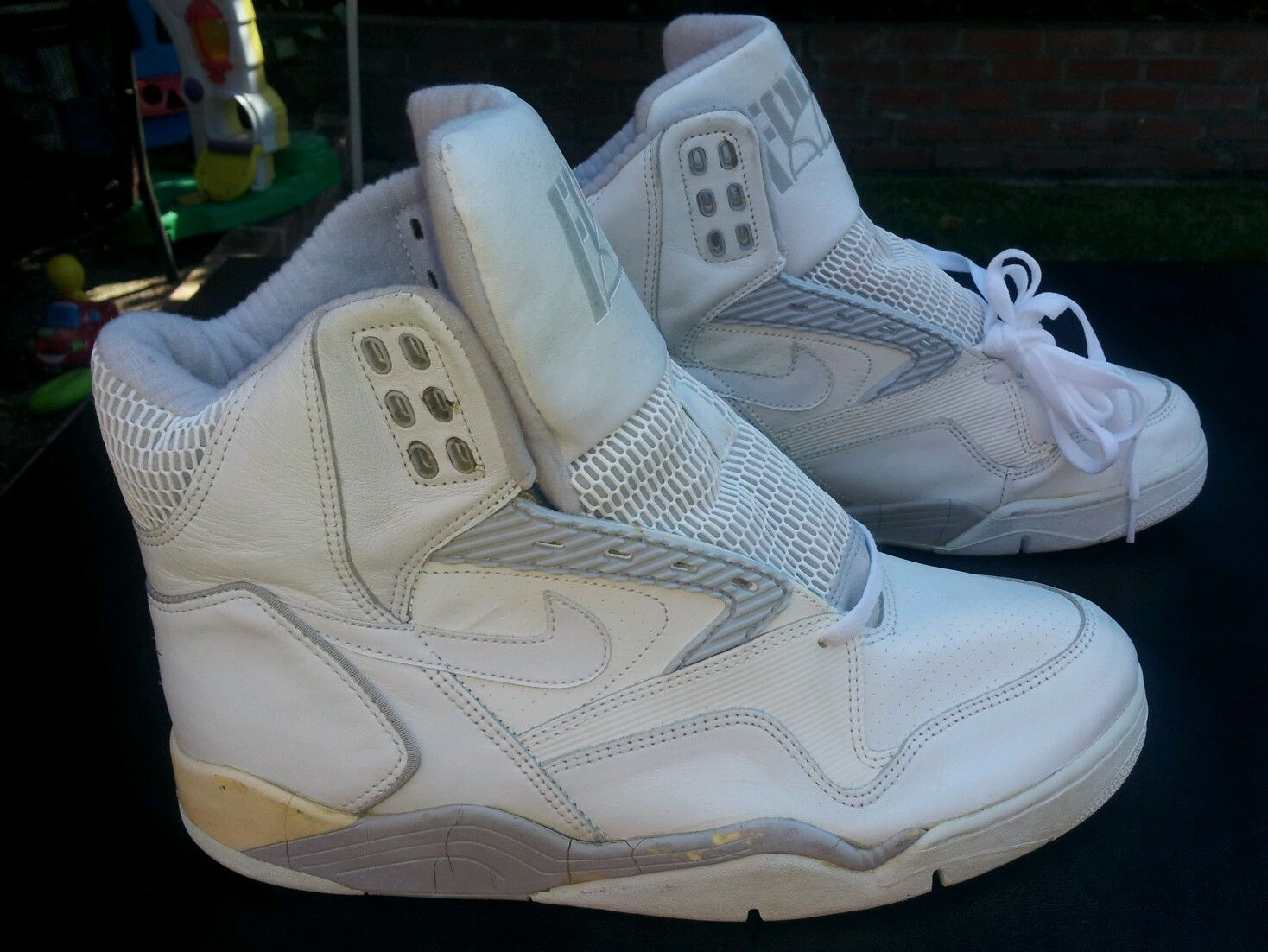 on sale b8362 14a29 Vintage Nike Air Ultra Force Hi White on White 1990 Basketball Shoes Size  13 | eBay