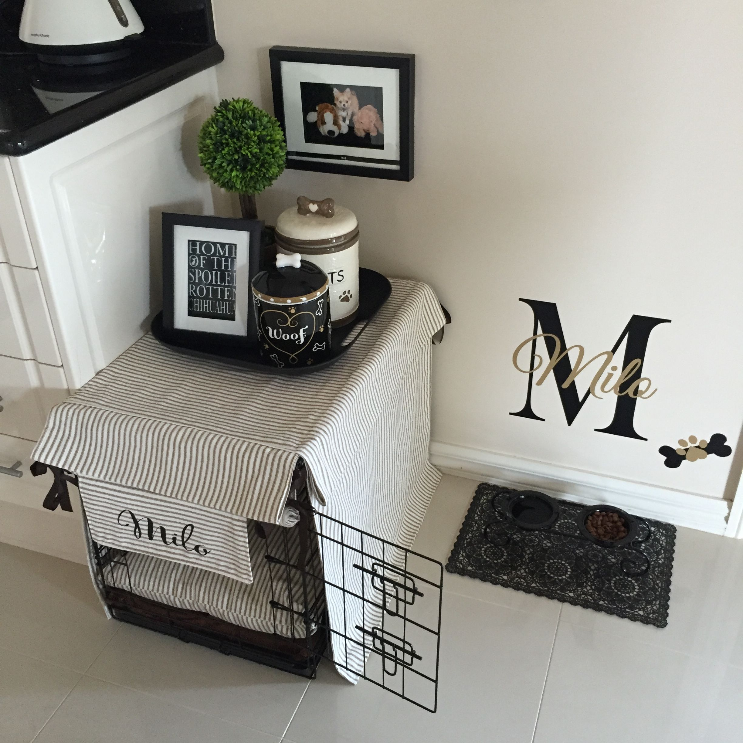 Dog Decor, Dog Rooms, Small Dog Crate