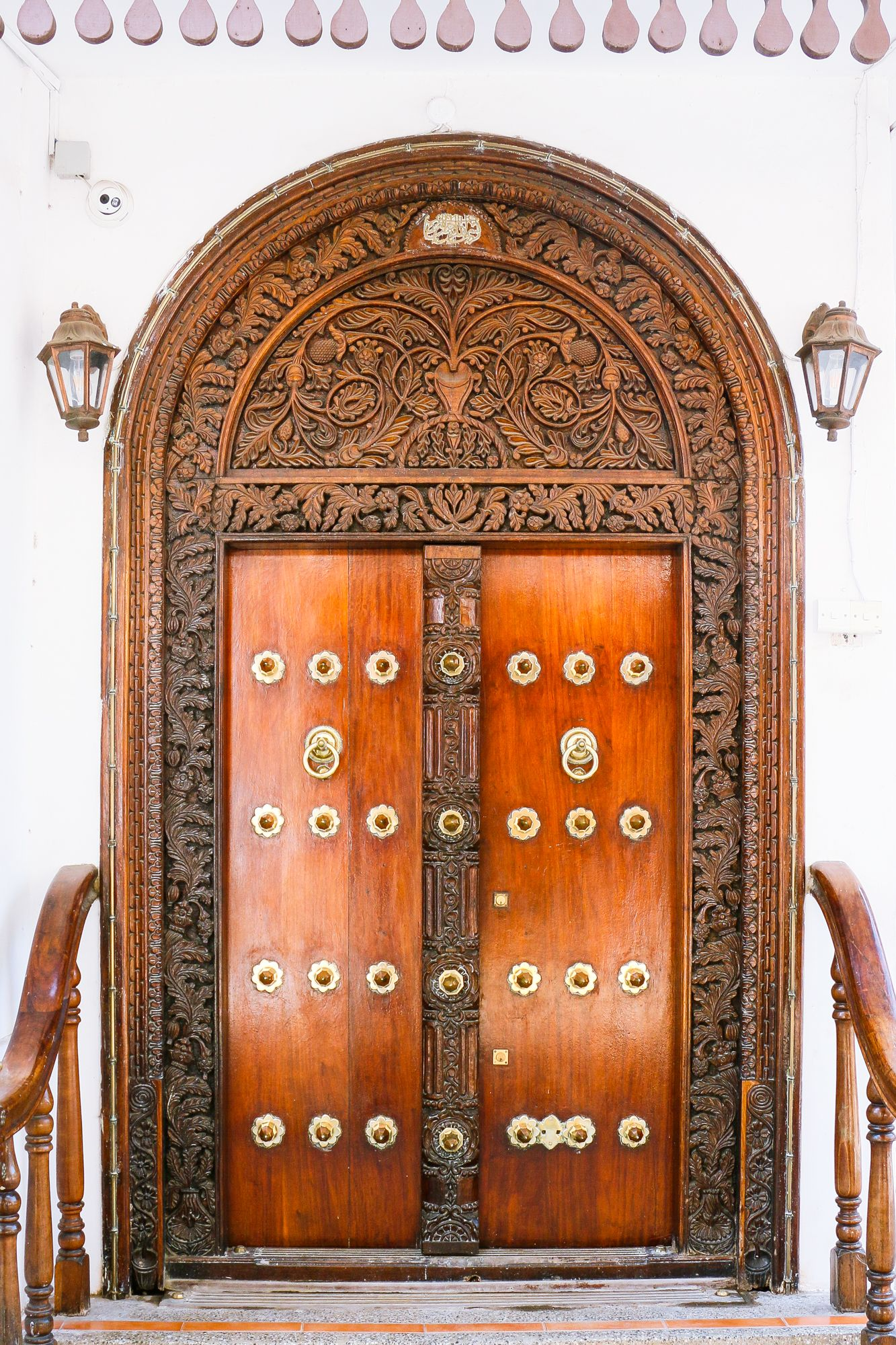 One Of The Many Carved Doors Stone Town Zanzibar Is Known For Main Entrance Door Design Zanzibar Carved Doors