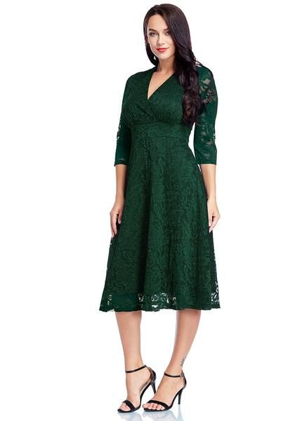 5435f63081 Plus Size Fashion    Designed with a waistband