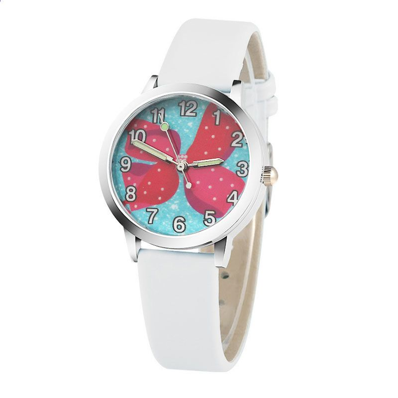 images?q=tbn:ANd9GcQh_l3eQ5xwiPy07kGEXjmjgmBKBRB7H2mRxCGhv1tFWg5c_mWT Smart Watch Djeca