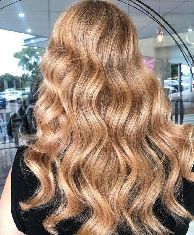 The Peachy Blonde Is The Perfect Light Hair Color