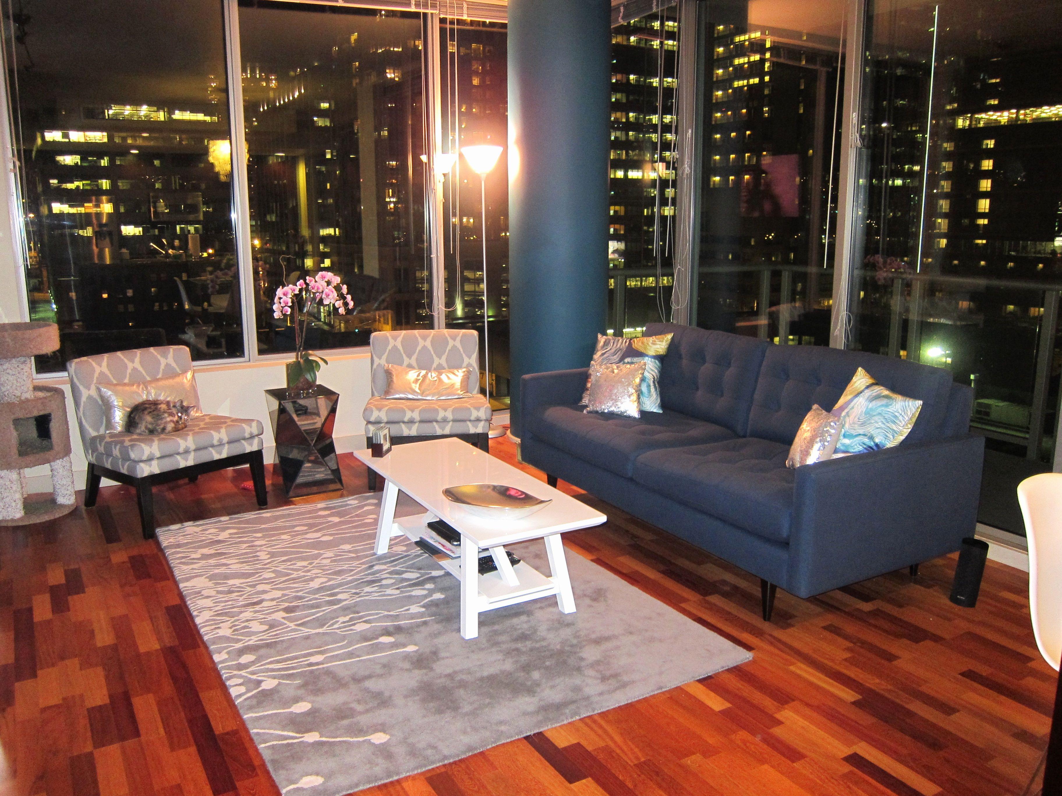 Luxury Petrie Apartment sofa Photograpy Petrie Apartment ...