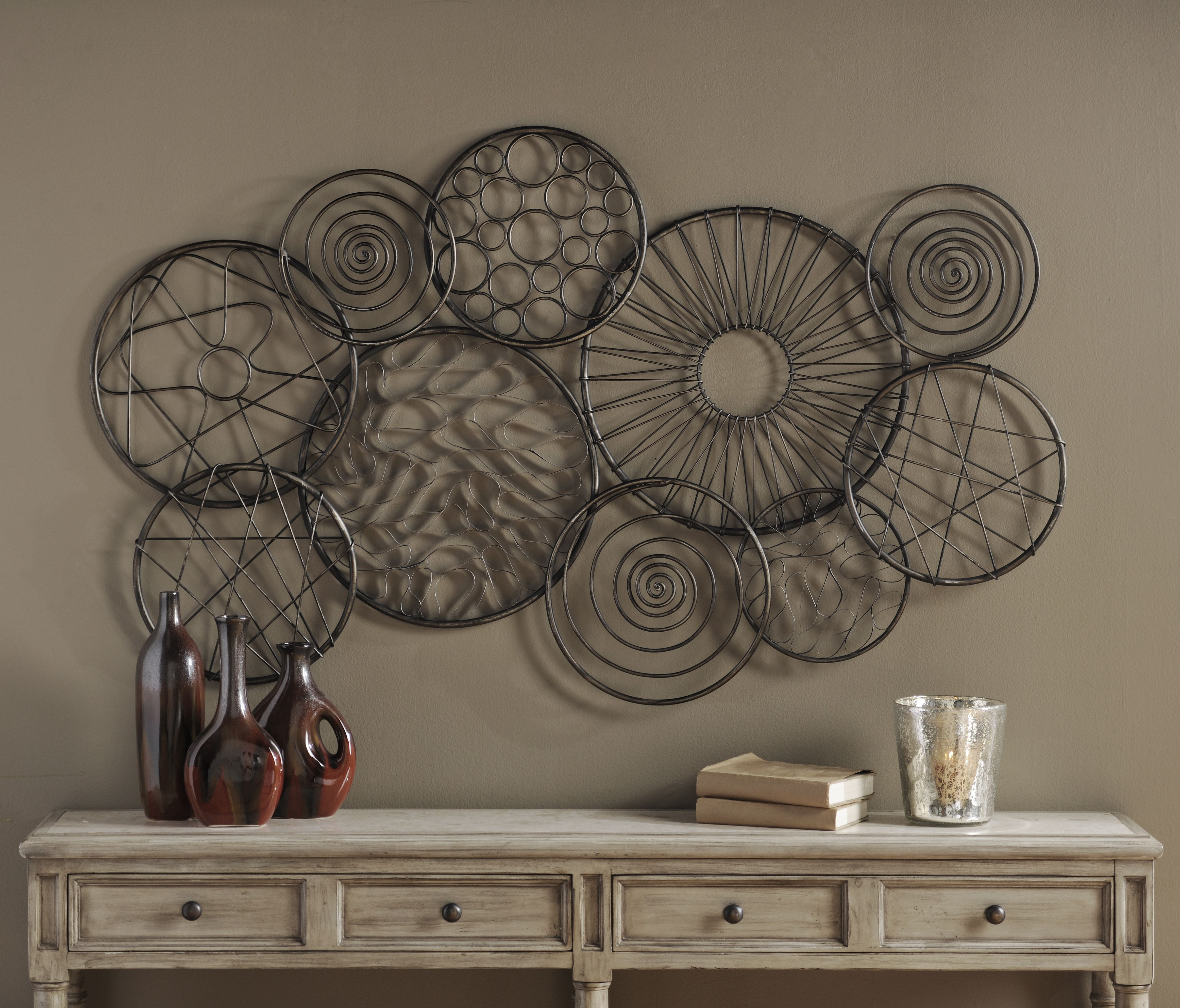 Metal Emma Swirls Plaque | Adornos, Decoración y Ideas