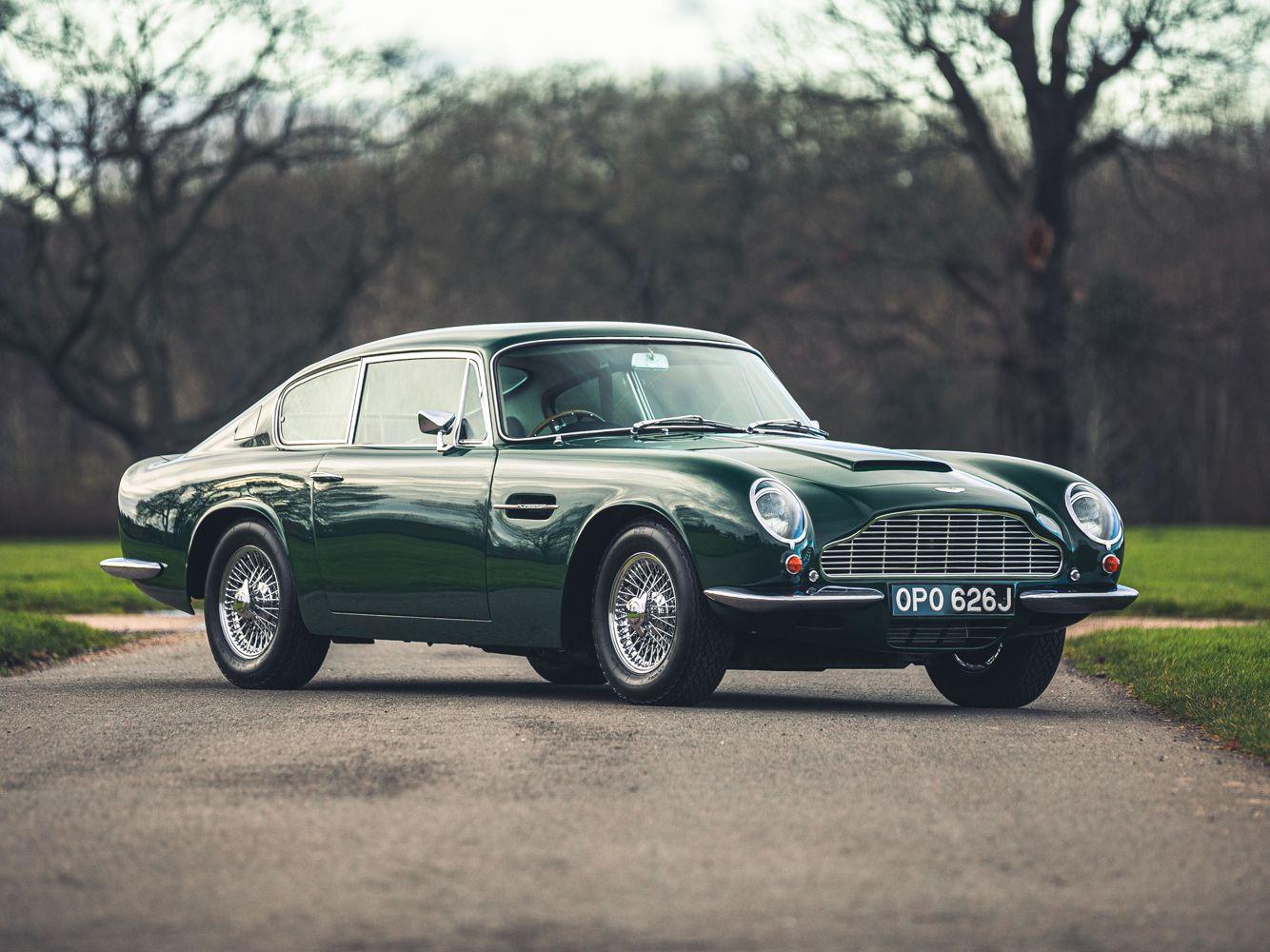 17++ Aston martin classic cars dekstop