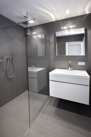 The Best Walk In Showers For Small Bathrooms Bathroom Interior