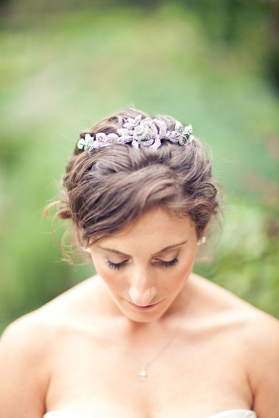 Very pretty hair accessory ...  Photography by mibelleinc.com