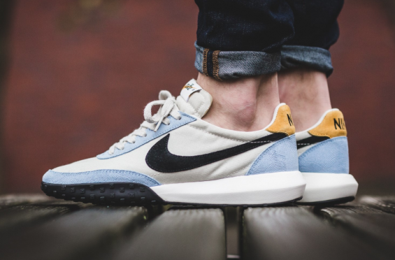 The Nike Roshe Waffle Racer NM | Chaussures homme, Nike