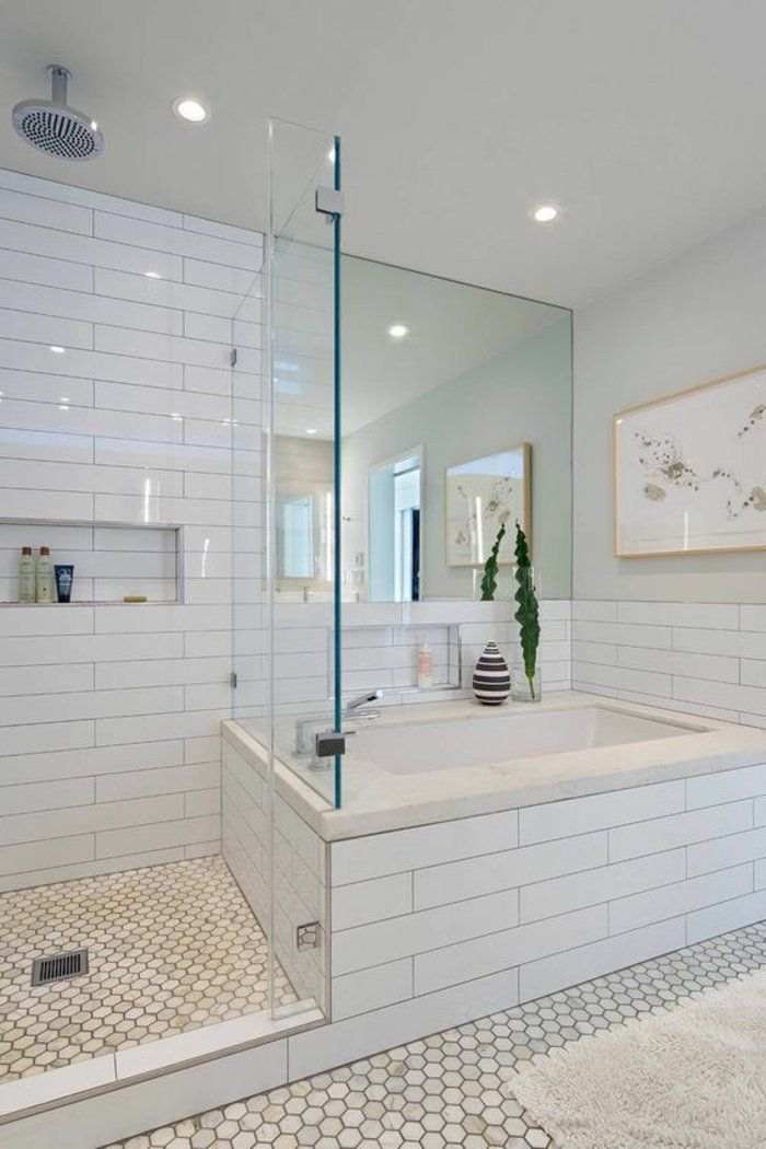 Le carrelage hexagonal une tendance qui fait son grand for Modele salle de bain avec baignoire