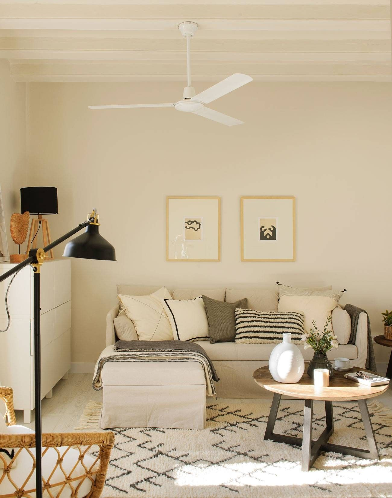Sofa Sandbacken Ikea Living Room Decor Traditional Living Room Decor Apartment Family Room Layout [ 1651 x 1300 Pixel ]
