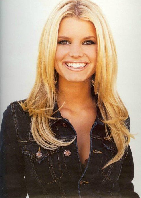 Pin By Bethany S On Blonde Bombshells Jessica Simpson Hair Jessica Simpson Style Jessica Simpson Hot