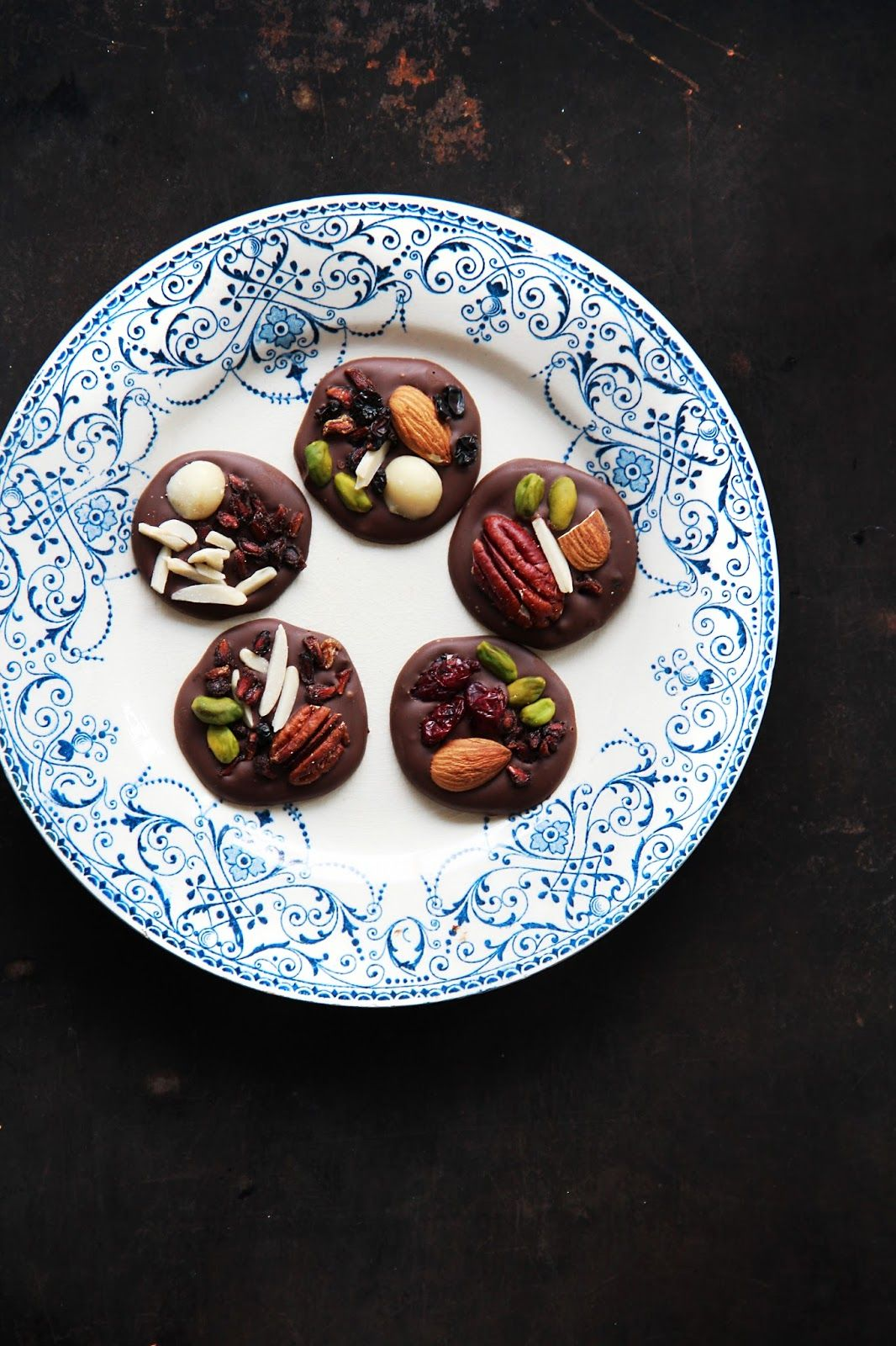 fork and flower: superfood dark chocolate nibbles