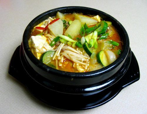 Spicy miso beef stew korean cooking recipes korean food spicy miso beef stew korean cooking recipes korean food asian fusion cooking recipes forumfinder Choice Image