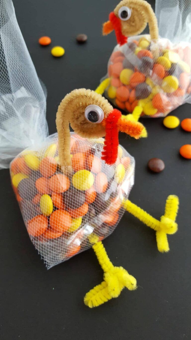 40 Fun And Creative Thanksgiving Crafts For Kids