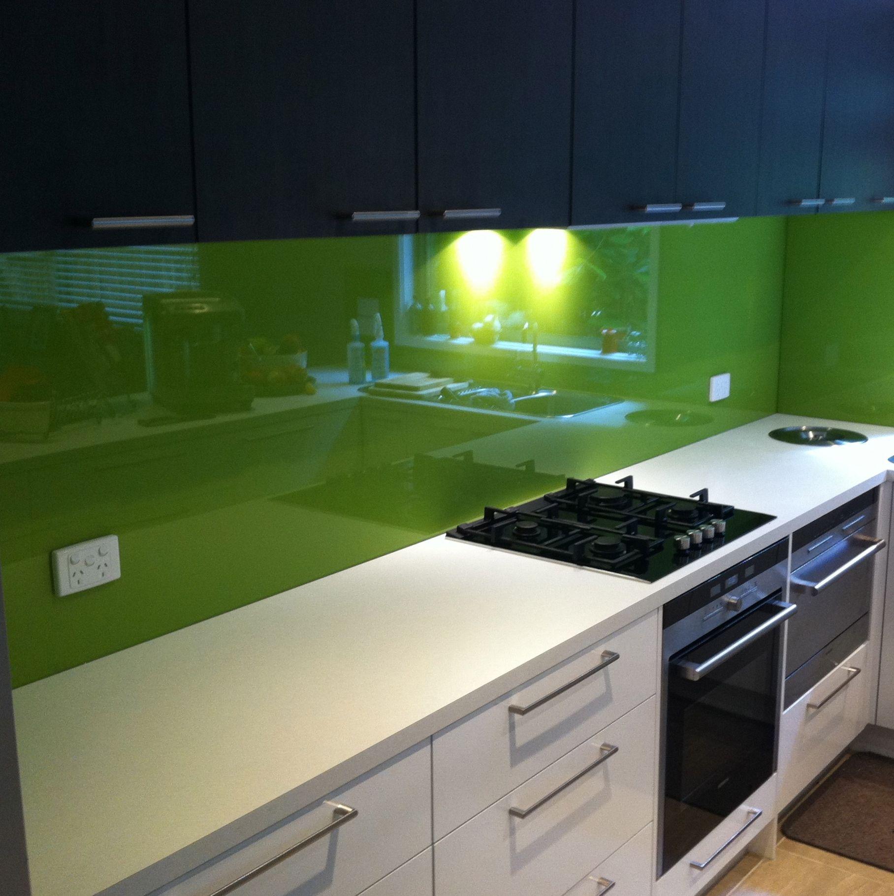 Glass Kitchen Designs: Bright Green Glass Splashbacks! #kitchensplashbacks #green