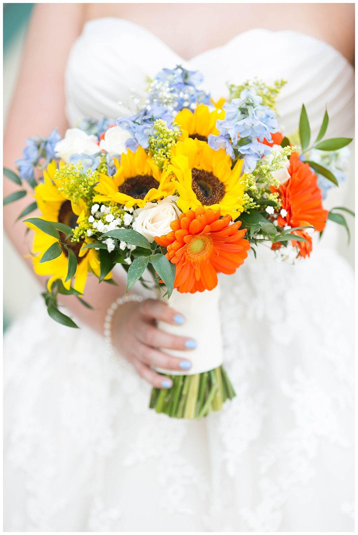 Summer wedding bouquet; sunflower wedding bouquet