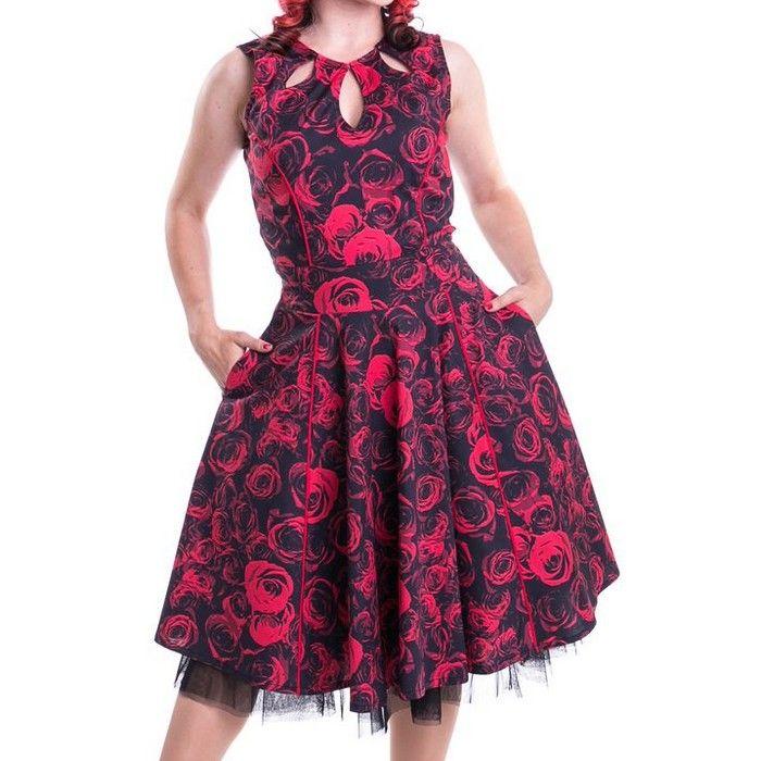 Robe avec rose rouge
