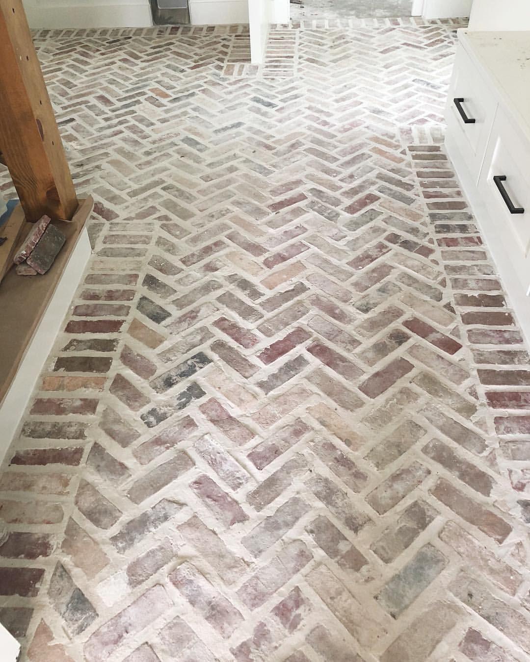 flooring options cork cheapest basement flooring vynil flooring oak rh pinterest com Laminate Flooring Before and After Rehab Cheapest White Flooring