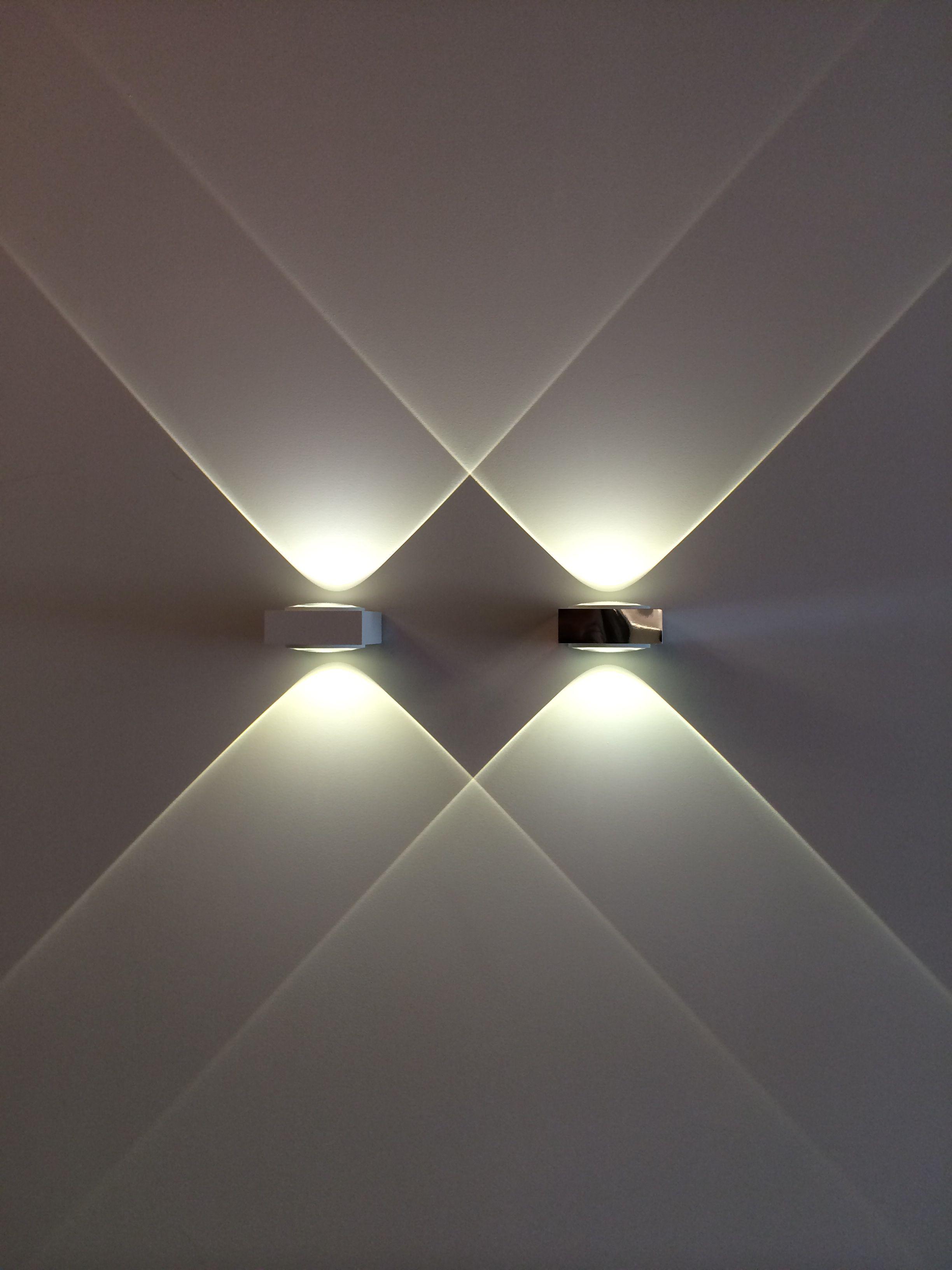 pingl par solene didier sur maison beleuchtung indirekte beleuchtung et beleuchtung decke. Black Bedroom Furniture Sets. Home Design Ideas