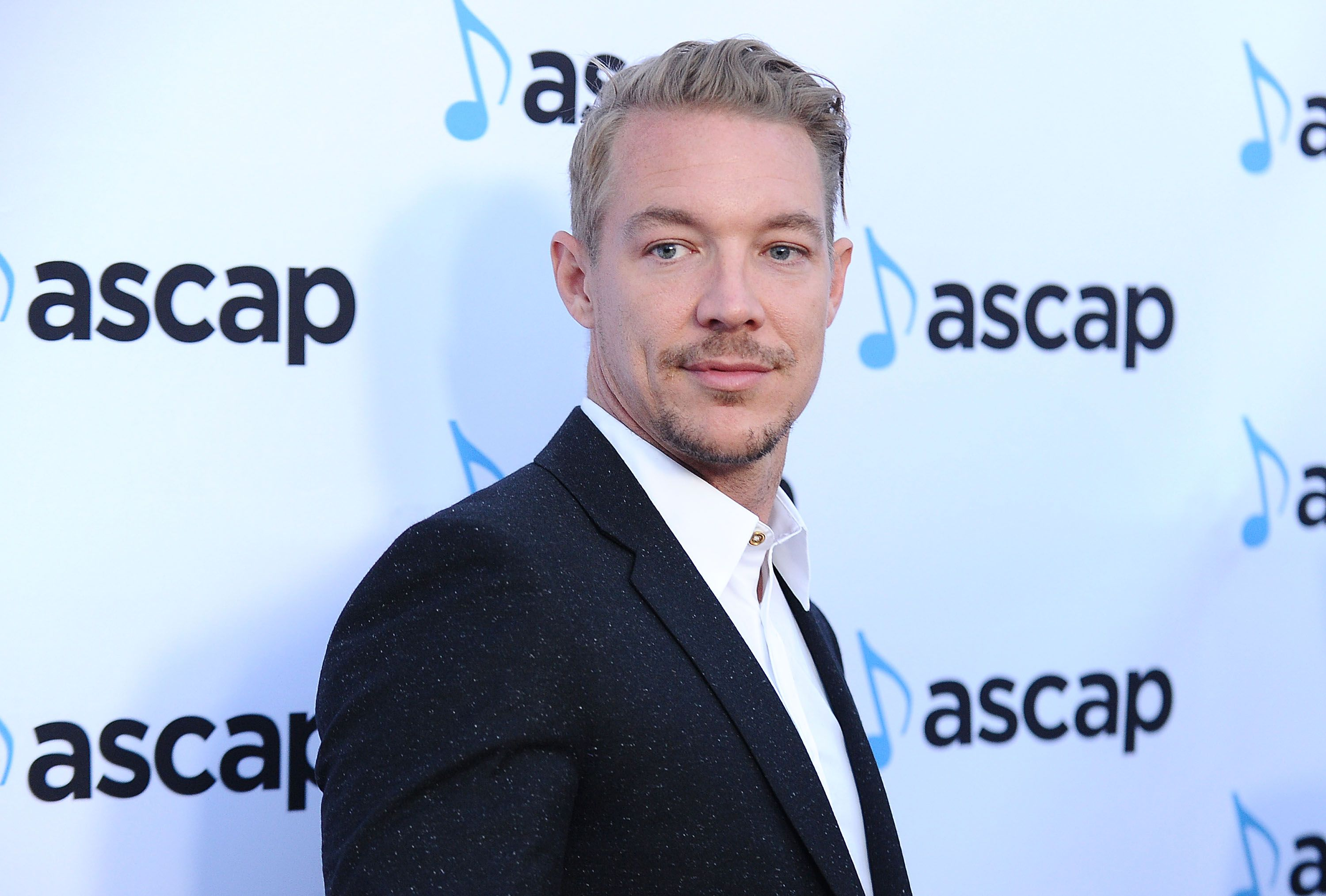 Diplo Model >> Diplo Signs Model Deal With Next Management Model