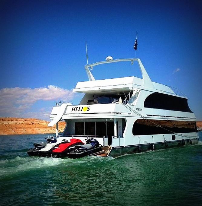 the best houseboat experience and houseboat timeshare in lake powell is found at sunrise peak