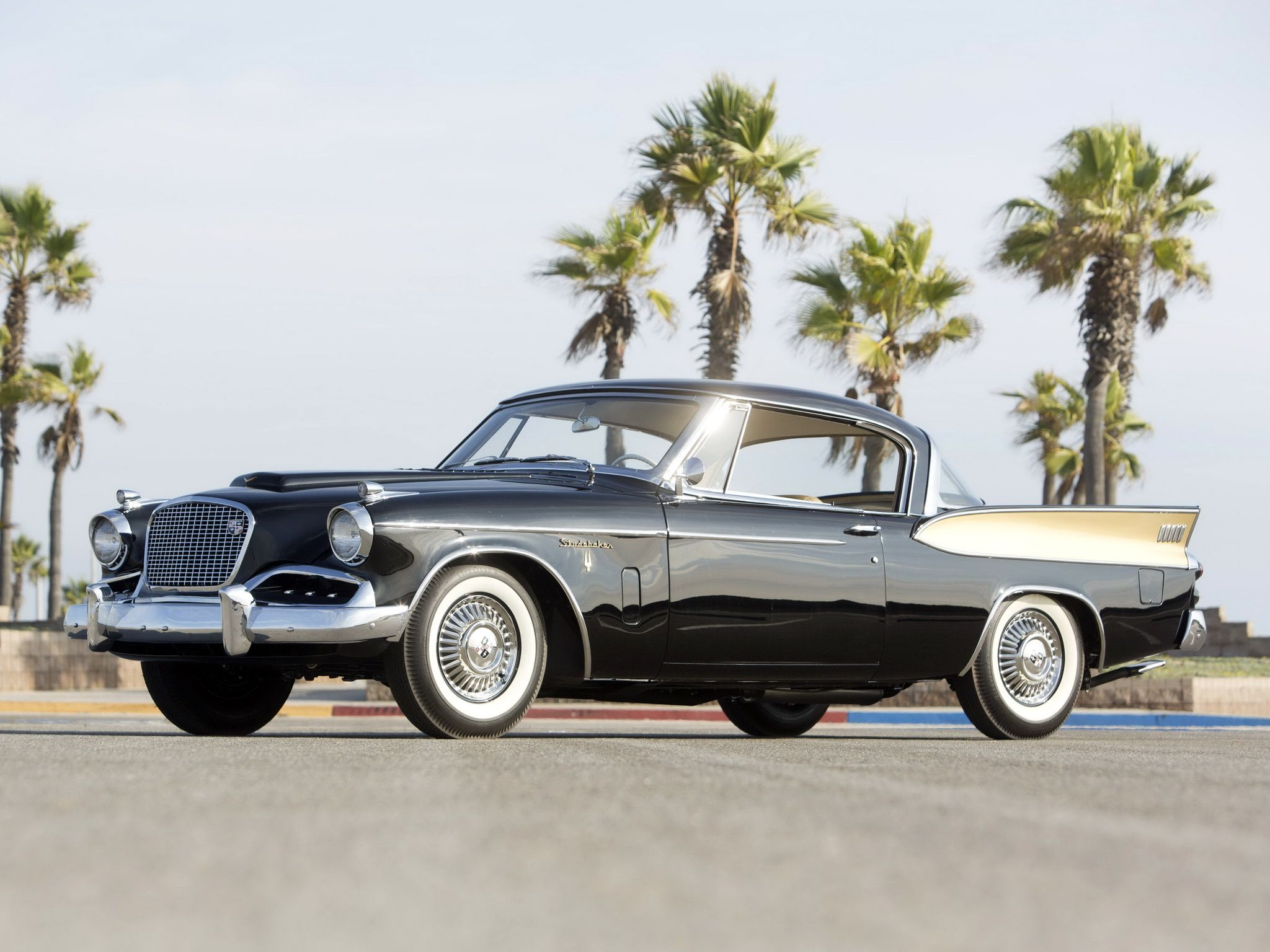 1957 Studebaker Golden Hawk A great classic of automobile design