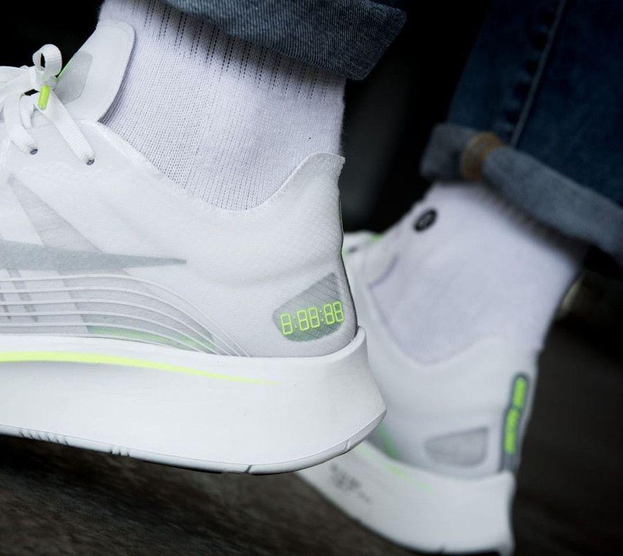 Zoom Volt 2 Glow Sp Basket White Nike Feet On Style Fly PqxT15X