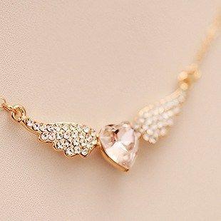 Perdita White Austrian Glass Pearl Gold Link Necklace