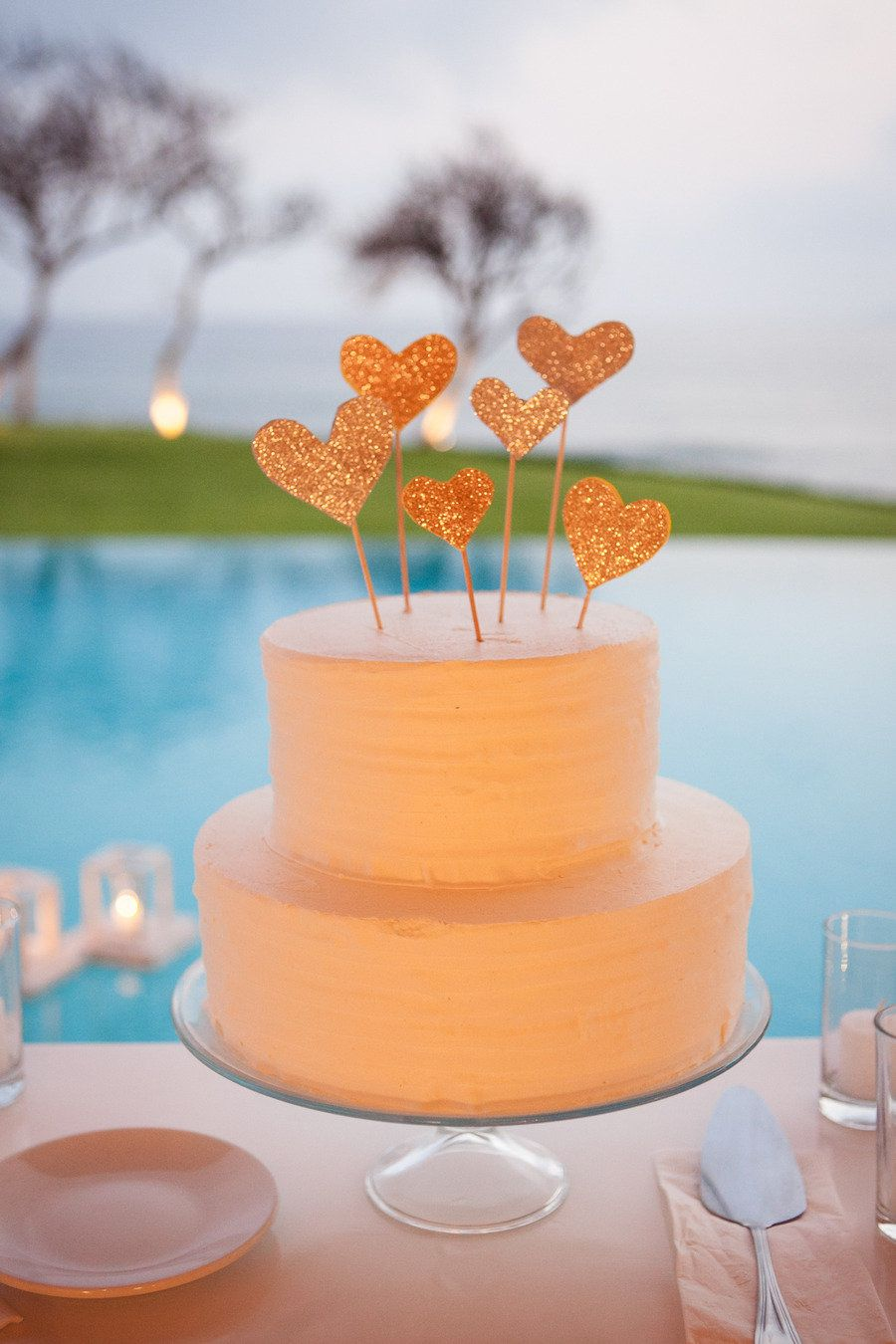 Glitter Heart Cake Topper -- On SMP Weddings: http://www.stylemepretty.com/2013/08/02/punta-de-mita-wedding-from-the-dazzling-details/  Jen Philips Photography   Read More: