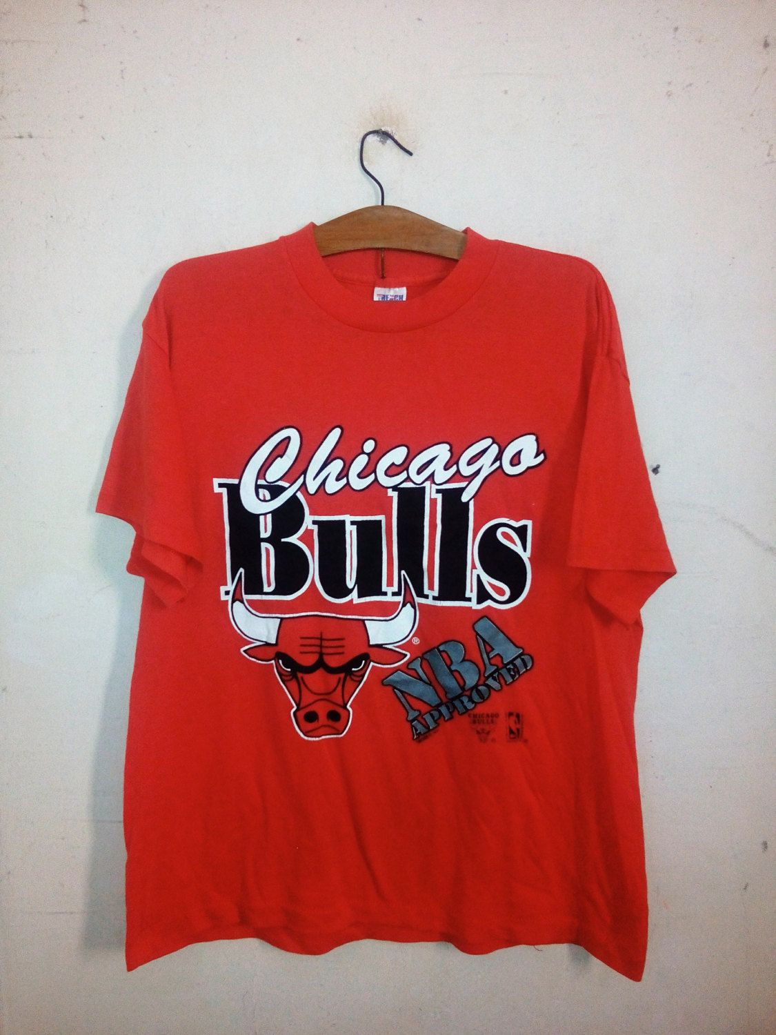 Vintage Chicago Bulls NBA pro basketball club Official NBA Product Jordan  90's street fashion Swag Lolife Unisex Red Sz L on Etsy