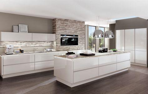 Grifflose Nobilia Lux Küche   Braun Grauer Boden