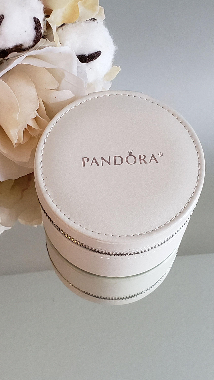 Authentic Pandora White Round Travel Companion Jewelry Box Etsy Pandora Jewelry Box Travel Jewelry Box Leather Jewelry Box