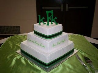 I DESPERATELY WANT TO STEAL THIS EXACT CAKE except for the lame slogan.