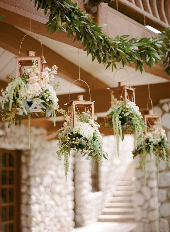 farolillos colgantes con plantas decoracion boda
