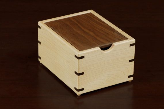 Maple Wood Recipe Box With Walnut Lid For 3x5 Cards A Fantastic
