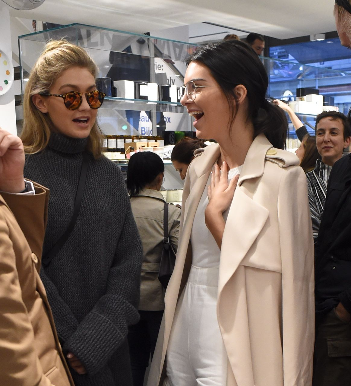 730d1ca3749 re-karl  keeping-up-with-the-jenners  Kendall at colette store today FASHION MODERN COFFEE  BLOG. ASK ME TO CHECK OUT YOUR BLOG xx