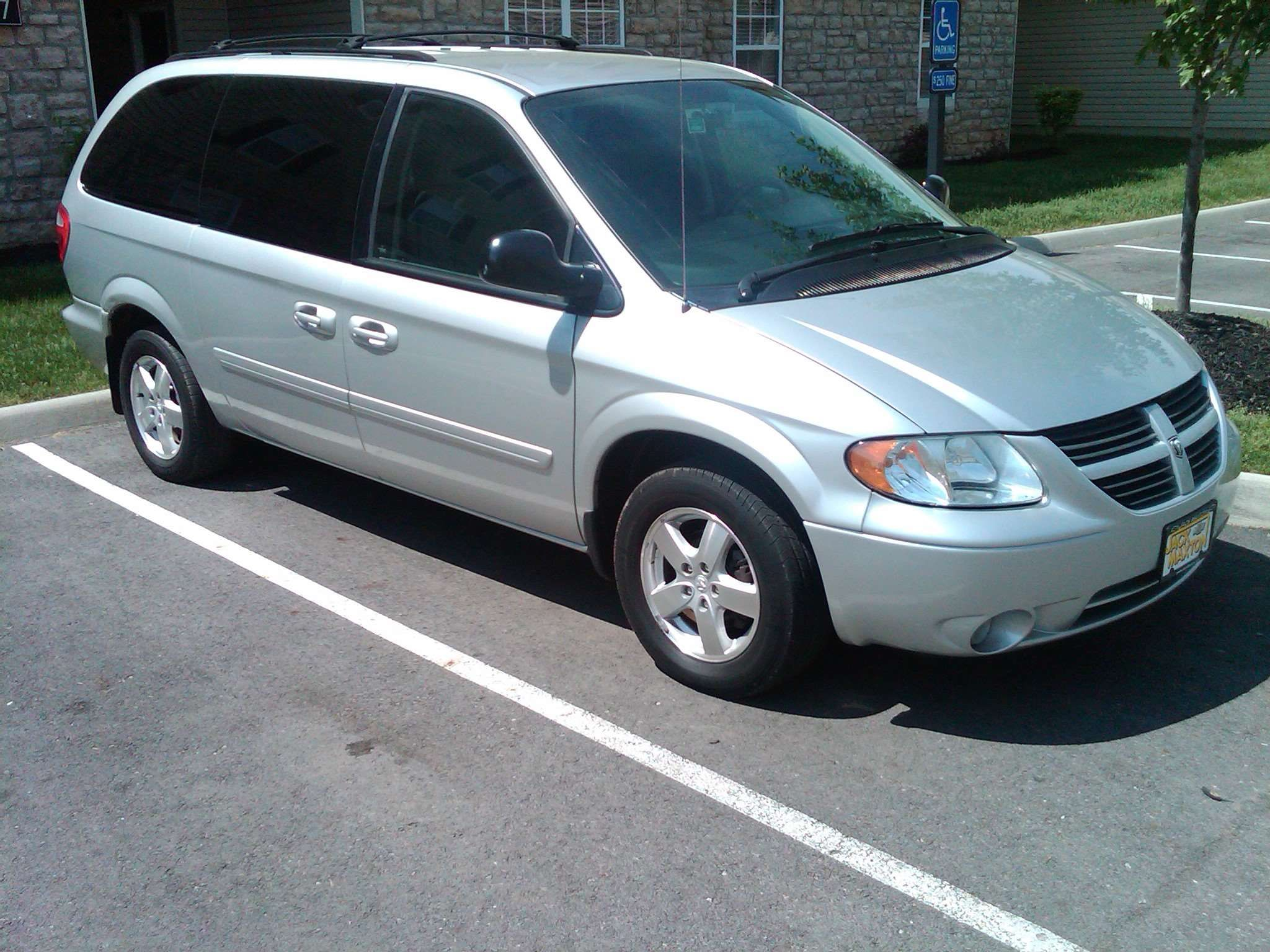 Make Dodge Model Grand Caravan Year 2006 Body Style Minivan