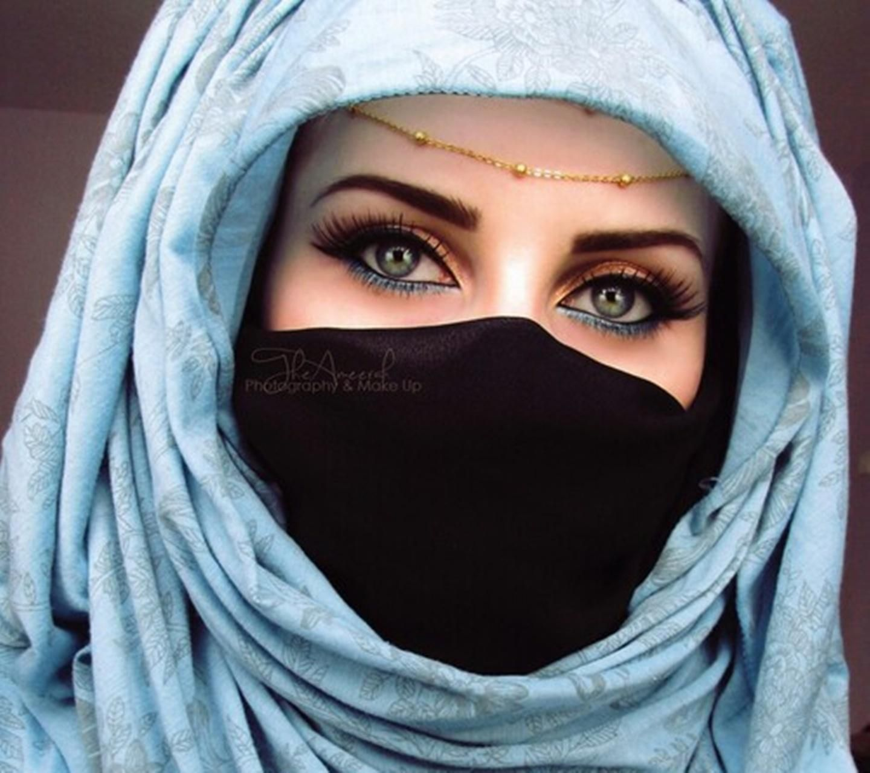Download Beautiful Woman Wallpaper By Perfumevanilla Cf Free