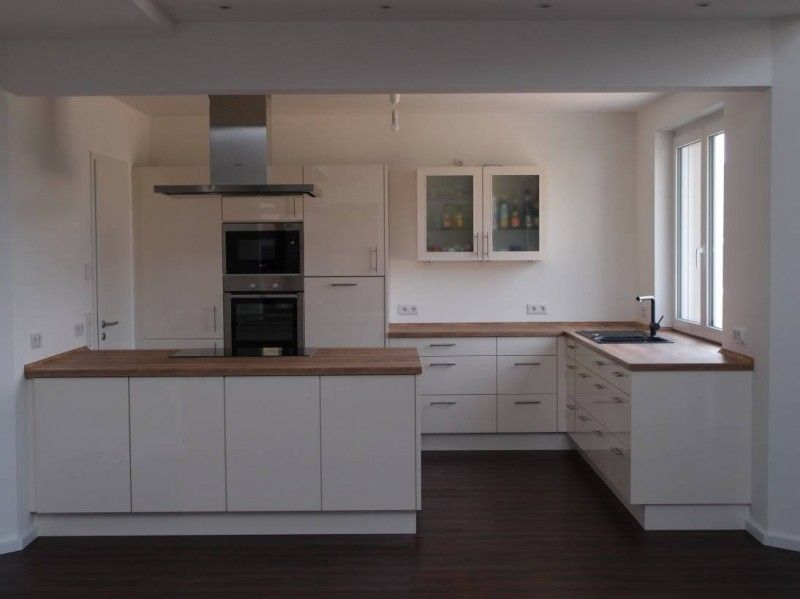 Moderne küchen mit insel l form  Culineo 104 Weiß / 107 Vintage Eiche Nachbildung | Culineo - Aus ...